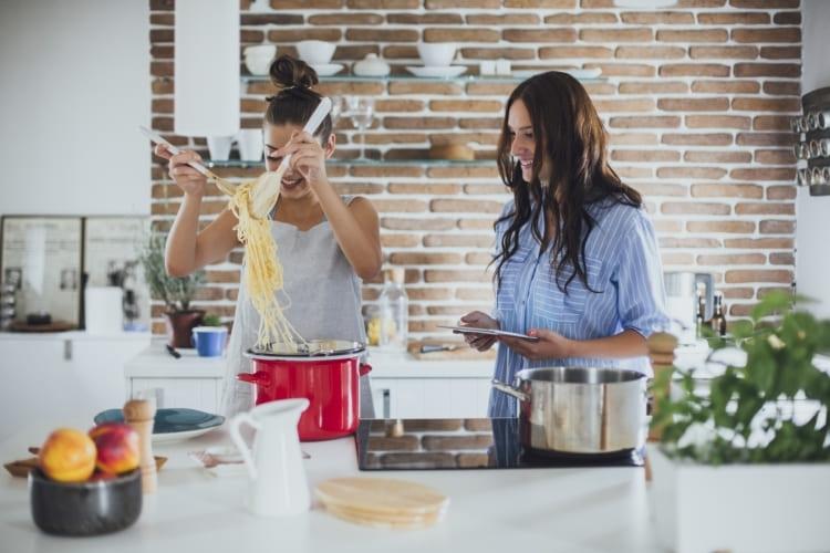 Kochvergnügen mit den Küchenhelfern von Toppits®.