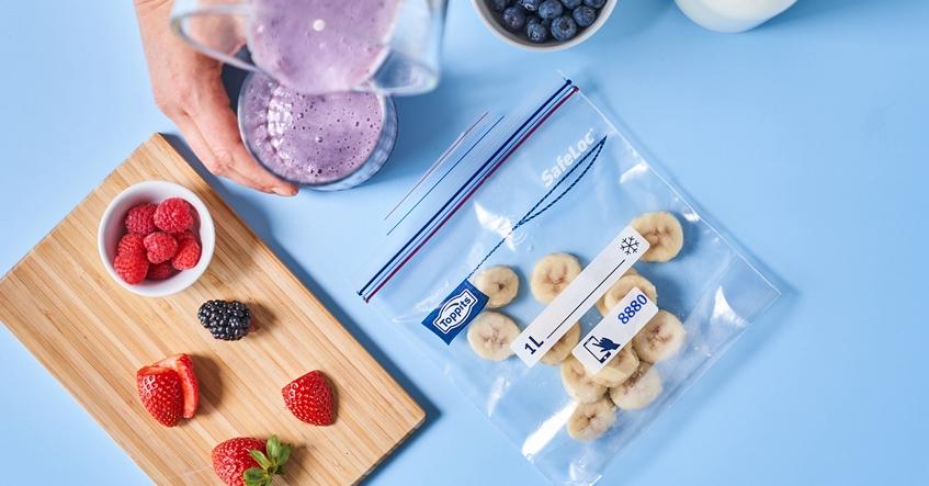 Obst richtig einfrieren und einfach, platzsparend und sicher sortieren mit den SafeLoc®-Gefrierbeuteln von Toppits®